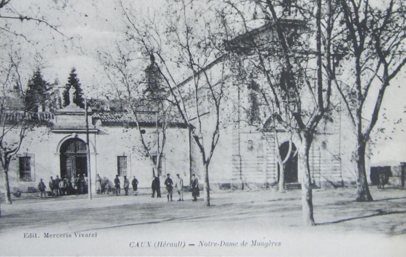 Caux carte^postale Mougères